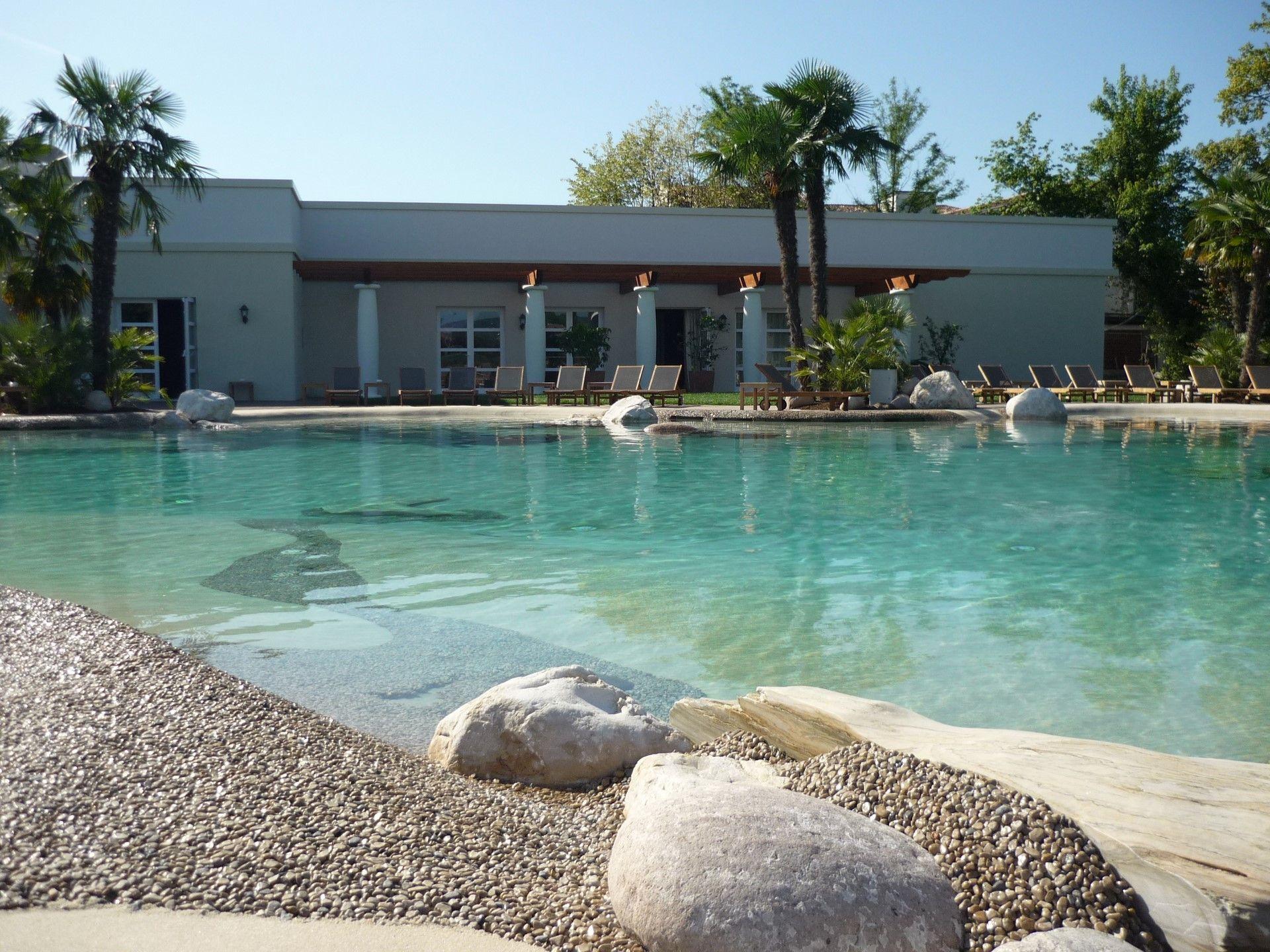 ¿Cómo se hacen las piscinas de arena?